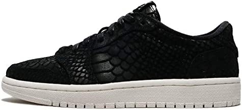 Jordan Women's Nike Retro 1 AJ Lo Sneakers-Black/Sail-8.5