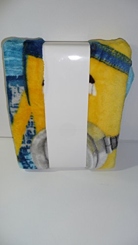 Despicable Me Minions Riverside Silk Touch Throw