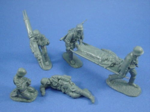 (Plastic Toy Soldiers WWII German Infantry Medic Set CTS 1/32 Scale 6 Figures Gray Compatible with Marx Airfix Conte)