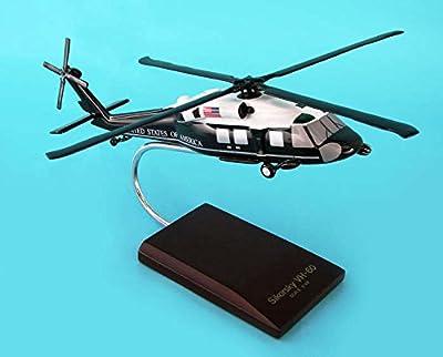 Daron Worldwide Trading C2548 VH-60D Usmc Presidential 1/48 AIRCRAFT