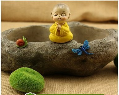 Resin Stone Figurine with Monk Sit in Meditation Home/ Garden Flower Planter Pot, Best Gift for the Buddhist (Figurine Sits Resin)