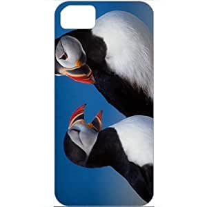 DIY Apple iPhone 5S Case Customized Gifts Personalized With Animals a pair of puffins Animals Birds White
