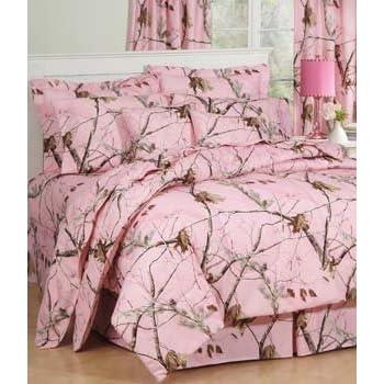 Realtree AP Pink Camo 8 Pc Queen Comforter Set (Comforter, 1 Flat Sheet,