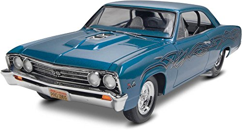 Revell 1967 Chevy Chevelle Pro Street 1/25 Scale Plastic Model -