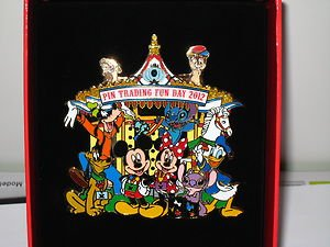 Hong Kong Disney Pin Pin Trading Fun Day 2012 Jumbo Pin by