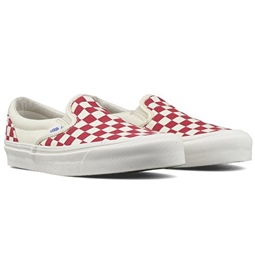 Vans uni-sex Classic Slip-On (Checker) Racing Red / White Skateboard Shoes (11.5 Women / 10 Men M US) (Red Vans Shoes Men)