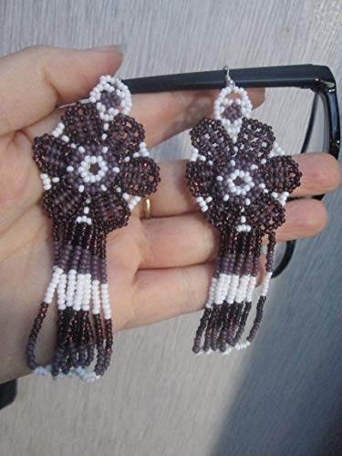 glass seed beads flower purple and white floral hand beaded dangle earrings Native American style southwest huichol mexican folk art 3D style design - Beaded Earrings Hand Native