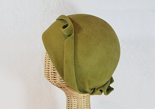 Cora 20's Cloche Hat in Antique Green Gold Velour Felt by Bonnet