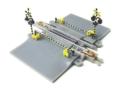 T-Gauge Model Trains 1:450 Scale Level Crossing Set on 30mm Track