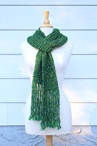Emerald green hand knit scarf with long ()