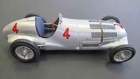Auto Union Race Cars - CMC-Classic Model Cars Mercedes-Benz W125 1937 GP Donington #4 Vehicle
