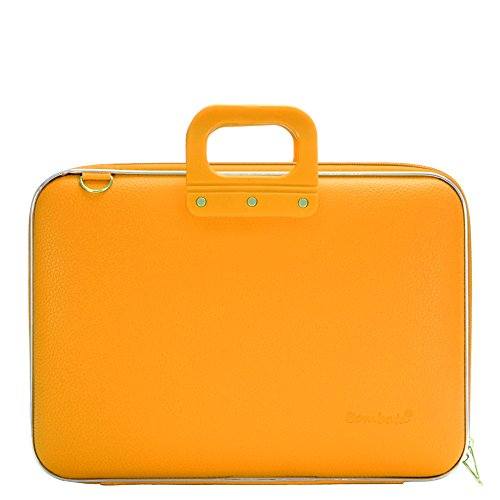 lifestyle-17-laptop-bag-color-classic-yellow