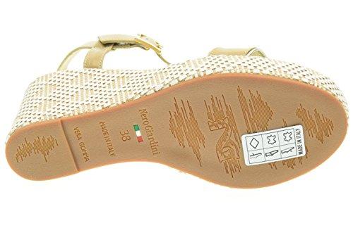 BLACK JARDINES mujer sandalias con cuña P615600D / 410 sabbia