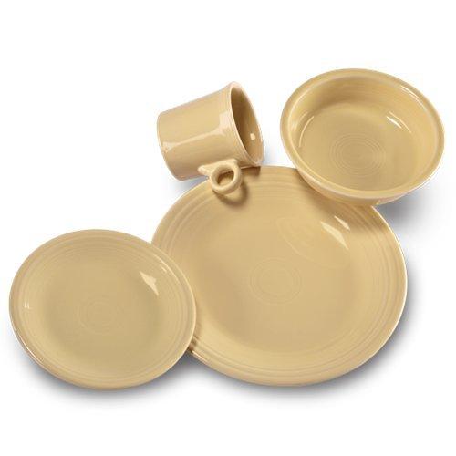 (Fiesta 16-Piece Dinnerware Set | Ivory)