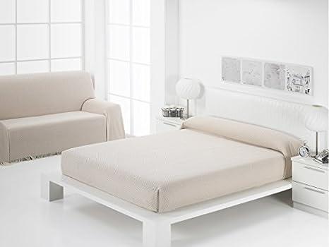 (125 beige) COLCHA PLATINO (FOULARD MULTIUSOS) para SOFÁ 2 Y 3 PLAZAS Y CAMA 90,135/150. MADE IN SPAIN (BEIGE, 125_x_180_cm)
