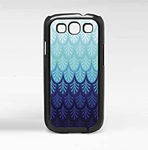 Colorful Gradient Scales Hard Snap on Phone Case (Galaxy s3 III)