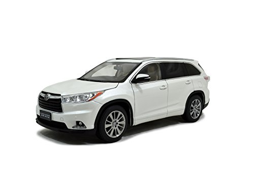 Toyota Highlander 2015 Diecast Model Car 1:18 Scale White by PaudiModel by Toyota