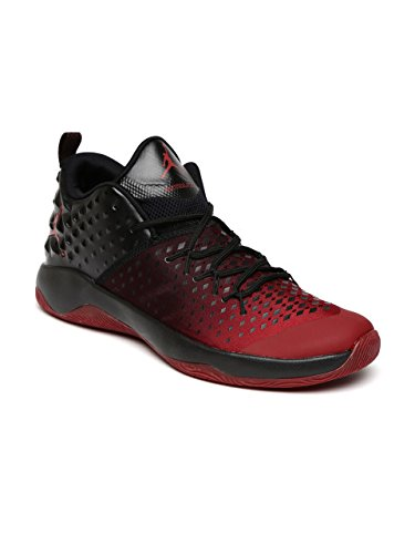 fd3d853823f Men Red   Black Jordan Extra Fly Basketball Shoes  Buy Online at Low Prices  in India - Amazon.in