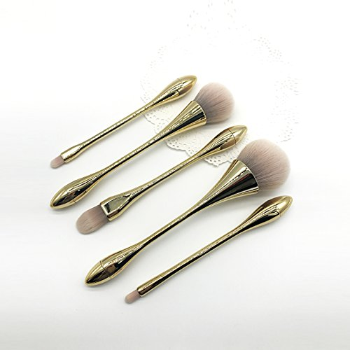 Nice set of brushes for the Beauty in the home!