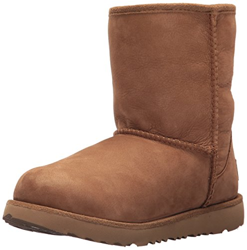 UGG Kids K Classic Short II WP Pull-on Boot, Chestnut, 3 M US Little Kid (Ii Classic Short)