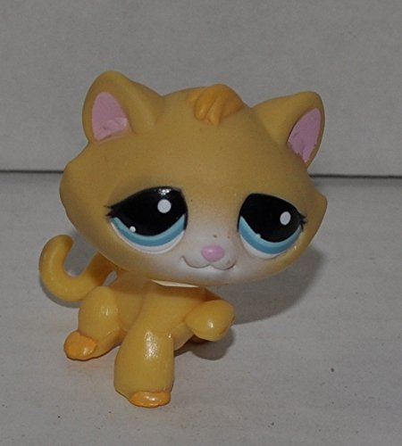 Loose Figure Pet Shop Littlest (Kitten #1035 (Yellow, Blue Eyes) - Littlest Pet Shop (Retired) Collector Toy - LPS Collectible Replacement Single Figure - Loose (OOP Out of Package & Print))