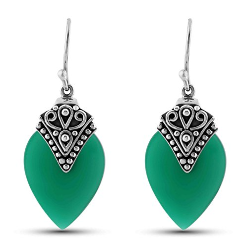 STELLAR DESIGNS Hypoallergenic Bali Inspired Tear Drop 13.6 Carat Genuine Green Onyx Earrings in .925 Sterling Silver (Green Onyx Earrings)