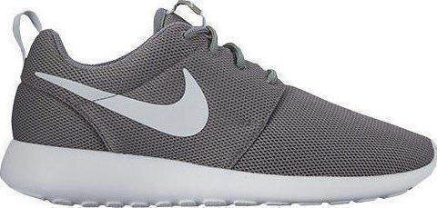 Women's Nike Roshe One Sneaker (5, Grey)