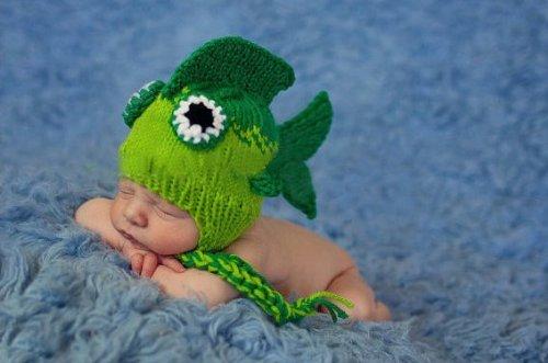 435465ea3 Amazon.com  Newborn Baby Girl Boy Crochet Green Fish Beanie Hat ...
