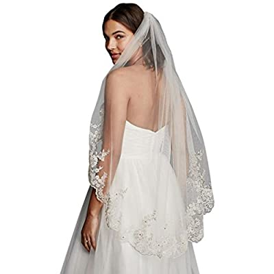 Scalloped Edge Mid Veil with Lace Details Style V682