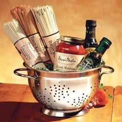 Amazon.com : Compact Pasta Colander Gift Set : Gourmet Snacks And ...