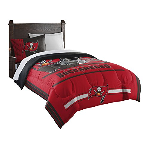 (Officially Licensed NFL Tampa Bay Buccaneers Safety Twin Comforter and Sham)