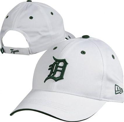 official photos e3e2a 6c688 Amazon.com   New Era Detroit Tigers White Hooley Adjustable Hat   Baseball  Caps   Sports   Outdoors