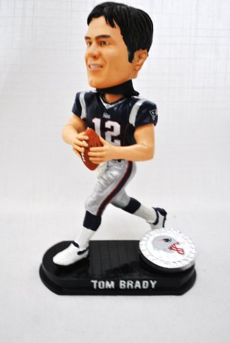 New England Patriots Official NFL #12 Tom Brady rare Blatinum base action Bobble Head by forever