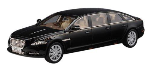 1/43 ジャガーXJ X135 6ドア Wilcox リムジン 2013 (ブラック) GLM213601
