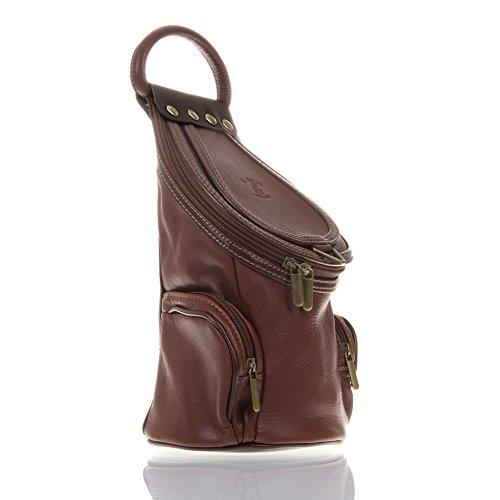 FIRENZE ARTEGIANI.Mochila de mujer casual piel auténtica.Mochila bolso cuero genuino Savage.Asa para uso como bolso de mano. MADE IN ITALY. VERA PELLE ITALIANA. 16x28x13 cm. Color: MARRON