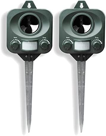 Pestbye® Battery Operated Motion Activated Waterproof Cat Repellent - Quick Fix Ultrasonic Cat Scarer with Ground Stake - Set of 2