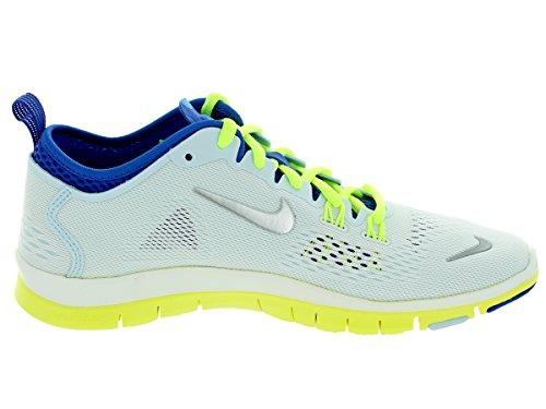 Nike De Las Mujeres Libres 5.0 Tr Fit 4 Blanco / Slvr Mtllc / Trhi Zapatos Cblt / Formación Vlt 9.5 Nosotras Las Mujeres Mejor ajPAy1