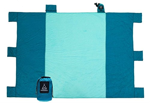 Sand Free Beach Blanket Oversized 7 X9 . Great for Camping Festival and Picnic. Quick Drying Light Weight Durable Machine Washable Ripstop Nylon. Includes 6XL Sand Anchors Valuables Pocket