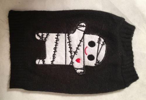 Bret Michaels Pets Rock Halloween Mummy Dog Sweater Size XS ()