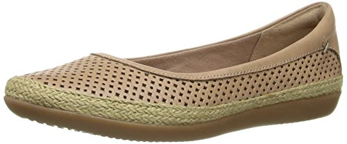 CLARKS Women's Danelly Adira Ballet Flat, Sand Leather, 6 M US