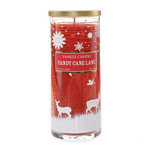 (Yankee Candle Candy Cane Lane Large Decorative Perfect Pillar Candle)