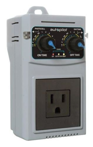 Autopilot Analog 24hr Recycling Timer - fans pumps co2 controller day night
