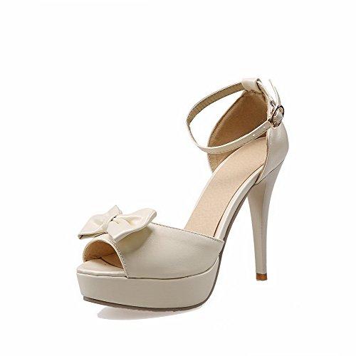 AllhqFashion Buckle Stilettos Peep Spikes Beige Heeled Toe Solid Women's Sandals rqFwxr