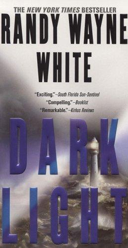 Dark Light (A Doc Ford Novel)