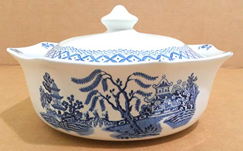 (J & G Meakin England Blue Willow Round Covered Vegetable Bowl)