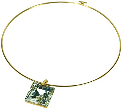Kenneth Jay Lane SQUARE CRYSTAL PENDANT ON A GOLD WIRE COLLAR NECKLACE. - Lane Jay Kenneth Crystal Pendants