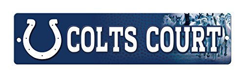 Indianapolis Street Colts Sign - NFL Indianapolis Colts 16-Inch Plastic Street Sign Décor