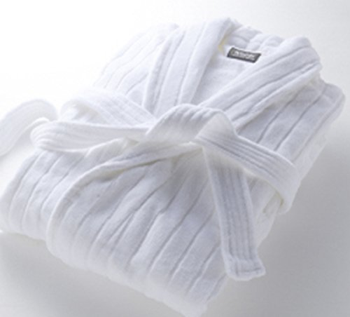 westin-resort-hotel-bathrobe