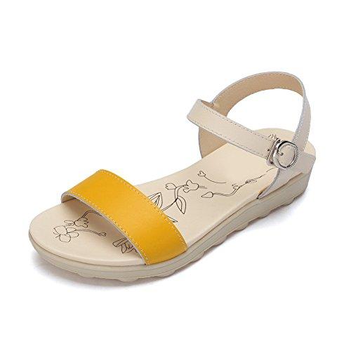 Damen Weiches Gelb Absätze AllhqFashion Keil Niedrige Solide Spitze Schnalle Sandalen Offene Material adPPFxX