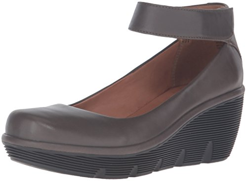 CLARKS Women's Clarene Tide Wedge Pump, Khaki Leather, 7.5 M